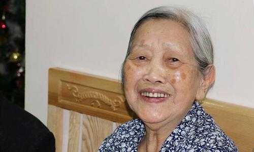 Bà Dung đã muốn ly hôn chồng từ năm 1985, nhưng gia đình động viên nên bà cố sống đến tận năm 2016, khi 86 tuổi thì quyết tâm ly hôn. Ảnh: Viện dưỡng lão Diên Hồng.