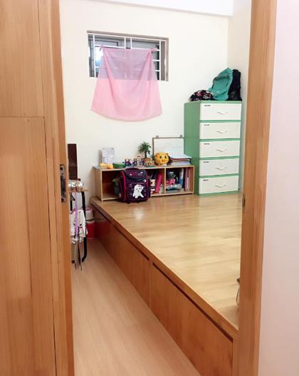 Chị Hà vừa cải tạo căn nhà thành 2 phòng ngủ để con gái có một phòng riêng. Ảnh: NVCC.