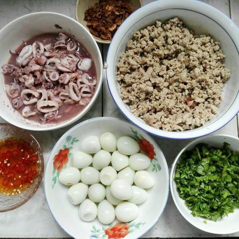 Canh phồng tôm hải sản ngon ngọt cho bữa chiều - 1