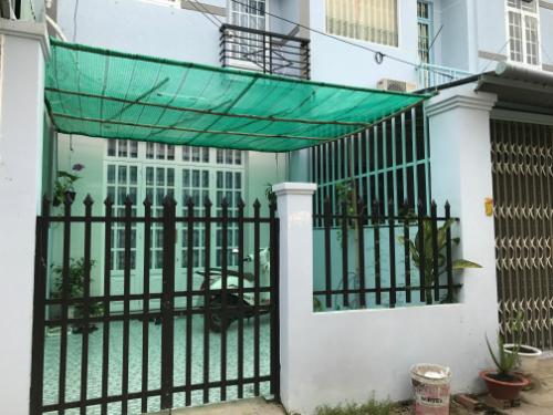Giá nhà đất tại TP HCM tăng nhanh trong hai năm qua khiến anh Thảo không thể mua lại ngôi nhà như đã bán - Ảnh: BT