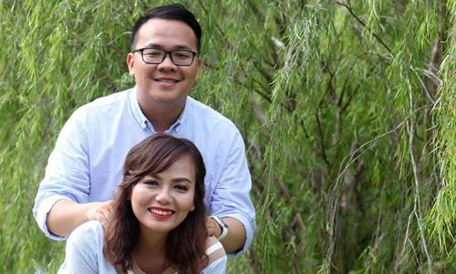 Hà hiện làm truyền thông tại Malaysia, còn chồng cô cứ một, hai tuần sẽ từ biển về đất liền với vợ một lần. Ảnh: NVCC.