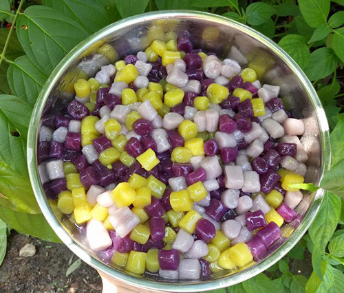 Chè khoai dẻo đủ màu ngọt mát ngày hè - 1