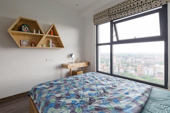 Sửa căn hộ chật chội thành thoáng rộng với 245 triệu