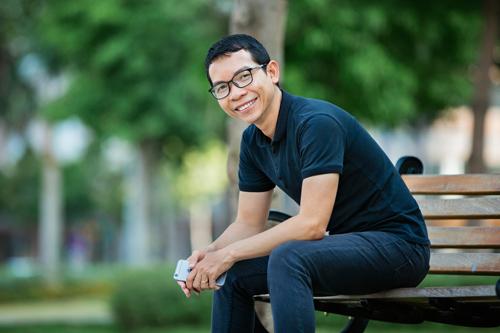 Việc hoạch định tài chính rõ ràng giúp anh Cường thành công trong cuộc sống và công việc - Ảnh: NVCC