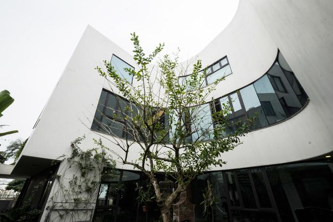 dong anh 11 1529634083 680x0 - Ngôi nhà vườn này như một công viên thu nhỏ với diện tích 450m2
