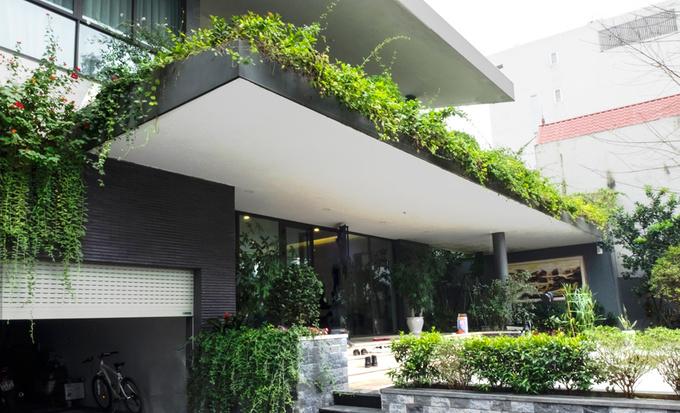 dong anh 2 1529634081 680x0 - Ngôi nhà vườn này như một công viên thu nhỏ với diện tích 450m2