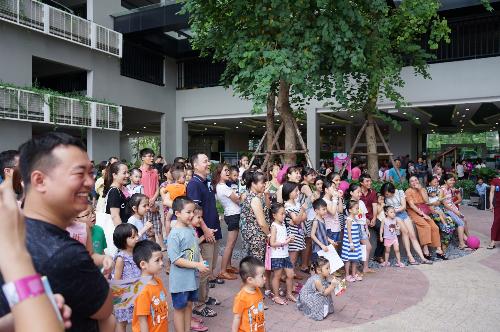 Sự kiện kỷ niệm ngày gia đình Việt Nam 28/6 thu hút hơn 1.000 hộ dân, bạn bètham gia.