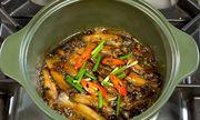 Kho thịt, cá bằng nồi sứ dưỡng sinh ngon như bếp củi