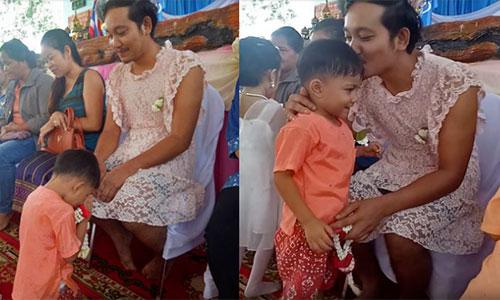 Ông bố mặc váy ren đến trường con trai vì lý do ít ngờ - ảnh 1