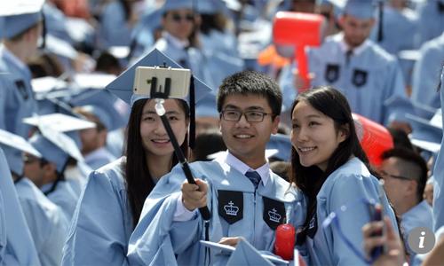 Thiếu mạng lướiquan hệ trong công việc và cú sốc văn hóa ngược khiến nhiều du học sinh Trung Quốc thấy khó khăn khitái hòa nhập cuộc sống ở quê nhà. Ảnh: SCMP.