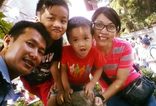 Vượt qua ma túy 10 năm, giờ anh Điệp có cuộc sống hạnh phúc bên người vợ từ thuở hàn vi và hai con. Ảnh: NVCC.