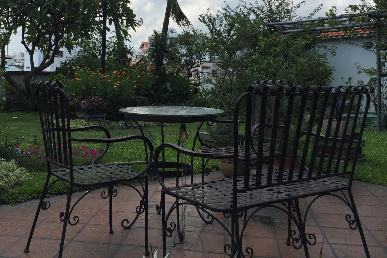 15 1540525278 680x0 - Vườn như 'công viên nhỏ' trên sân thượng gia đình ở TP HCM