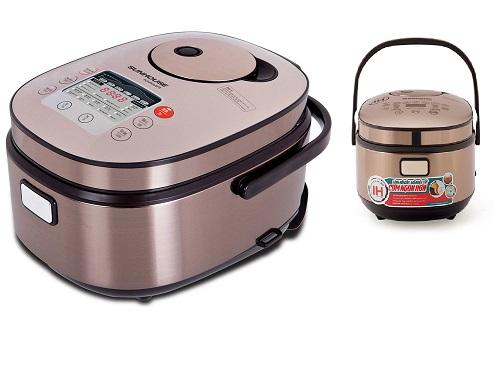 Nồi cơm điện cao tần 1.5L Sunhouse Mama SHD8955  giá 1,919 triệu đồng: Nồi cơm điện tử 1.5L SUNHOUSE Mama SHD8955 cho phép người dùng chọn nhiều chế độ nấu khác nhau tùy theo khẩu vị (như Mềm, Dẻo, Cơm niêu và nấu Tiêu chuẩn) hay tùy theo nhu cầu (như Nấu nhanh, Nấu chậm, Nấu tiêu chuẩn). Đặc biệt, người dùng có thể chọn chế độ nấu tùy theo loại gạo như Gạo ngắn hạt, Gạo thơm hay Gạo lứt, từ đó nồi SUNHOUSE Mama SHD8955 sẽ tự thiết kế lượng nhiệt và thời gian nấu thích hợp để có chất lượng cơm thơm ngon nhất.