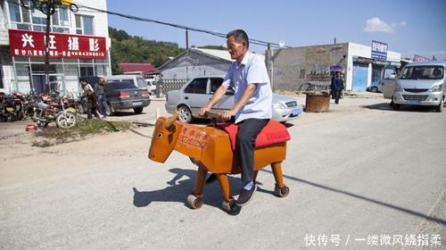 Trong Tam quốc diễn nghĩa, Gia Cát Lượng đã tạo ra ngựa gỗ, trâu máy để phạt Nguỵ, nhưng trong đó miêu tả cách chế tạo rất sơ sài, bao đời nay các nhà khoa học vẫn không ngừng thắc mắc. Cho đến những năm gần đây, một người đàn ông ở Trung Quốc đã tạo được trâu máy, ngựa gỗ. Đáng chú ý ông phải nhà khoa học mà chỉ là một bác thợ mộc tên Li Jingyang, 68 tuổi đến từ Diên Cát (Cát Lâm).