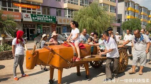 Bác nông dân chế tạo ra những con ngựa gỗ như Khổng Minh - 6