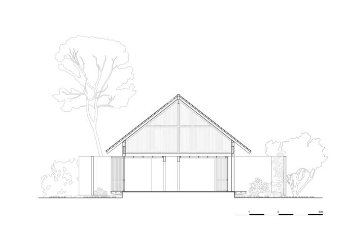 Ngôi nhà Đắk Lắk có 3 góc thò ra khỏi mái - ảnh 29