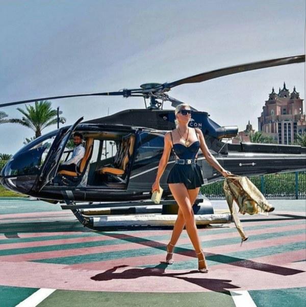 Cuộc sống xa hoa từng cm của con nhà giàu ở Dubai