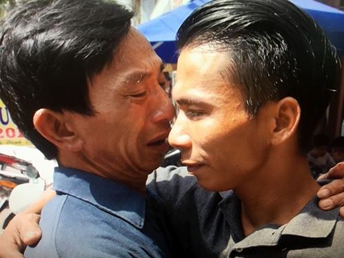 Chàng trai Nghệ An tìm được cha sau hơn 30 năm đi lạc - Đời sống