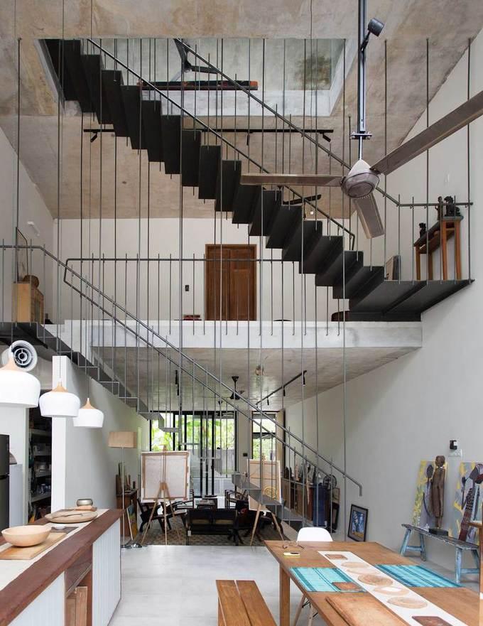 Ngôi nhà như rừng nhiệt đới với hơn 40 loại cây