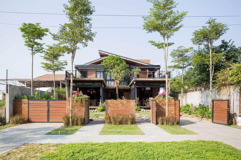 279A9283 1549855196 680x0 - Nhà xây hai tầng, có tổng diện tích sàn 280 m2 xanh mướt của 2 người bạn thân