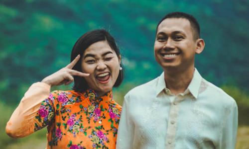 Cô dâu Sài Gòn trang trí đám cưới bằng lá chuối, hoa dại - ảnh 3