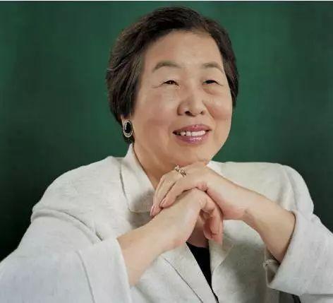 BàHesung Chun Koh hiện 90 tuổi và vẫn là chủ tịch một viện nghiên cứu văn hoá Hàn Quốc. Ảnh: Wemedia.