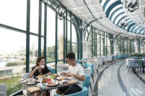 Kiến trúc Vinpearl Resort & Spa Hạ Long mang đậm phong cách châu Âu cổ điển.