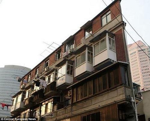 Cảnh tù túng trong tòa chung cư mỏng dính ở Thượng Hải - 3