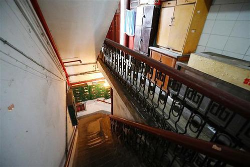 Cảnh tù túng trong tòa chung cư mỏng dính ở Thượng Hải - 5