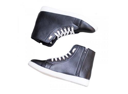 Giày thể thao nam cao cổ màu đen da sần cổ có khóa và có dây đế khâu chắc chắn - T518-DEN