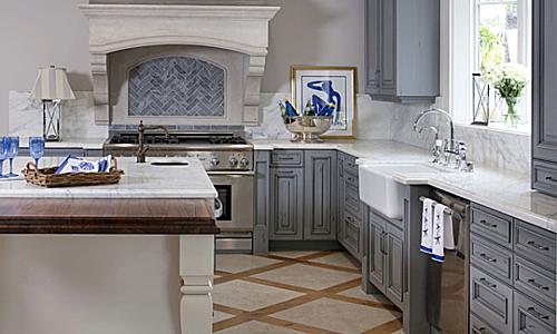 Tôi muốn tạo ra một không gian xanh biếc màu biển để vợ tôi cảm thấy thư giãn nhất mỗi khi chúng tôi nấu ăn.