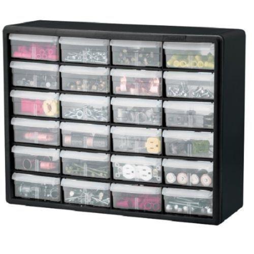 24-Drawer Plastic Storage Cabinet (tủ lưu trữ 24 ngăn kéo): Nhiều người đã sử dụng những ngăn kéo này để đựng Lego, sơn móng tay, đồ trang điểm, văn phòng phẩm, và nhiều hơn thế. Chiếc tủ này rộng 20 inches, cao 15 inches, và dày 6 inches (tương đương với chiều rộng 50,8 cm, cao 38,1 cm và dày 15,24 cm). Các ngăn kéo trong suốt giúp bạn dễ dàng nhìn thấy đồ vật bạn cần tìm ở đâu, tiết kiệm thời gian tìm đồ cho bạn.