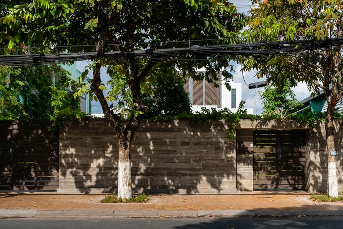 Ngôi nhà như resort ẩn sau bức tường kín đáo ở Tiền Giang - ảnh 19