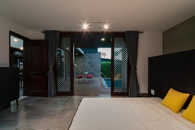 Ngôi nhà như resort ẩn sau bức tường kín đáo ở Tiền Giang - ảnh 17