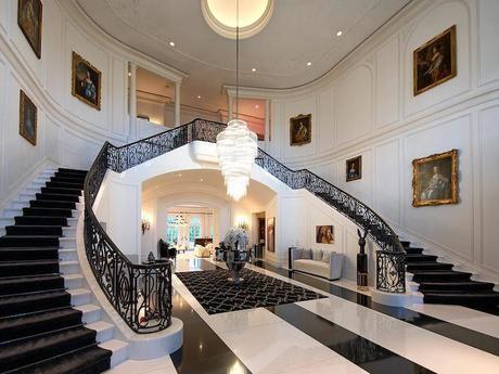 Bên trong biệt thự rộng hơn cả Nhà Trắng