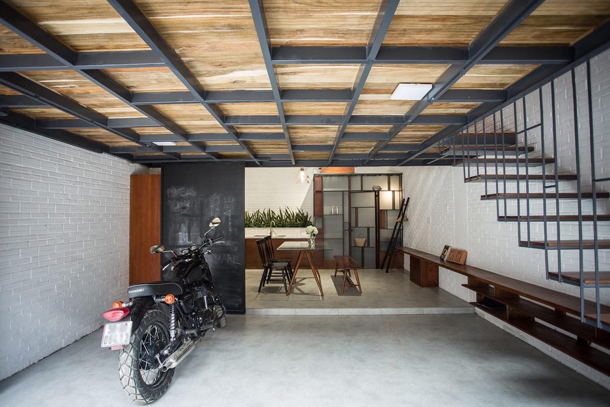 Tấm lưới thay trần nhà giúp gia chủ Sài Gòn thư giãn