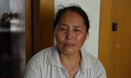 Người phụ nữ kiếm tiền nuôi con dâu tương lai chữa bệnh hiểm nghèo - ảnh 2