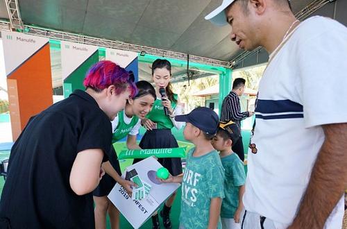 Lễ hội khuyến khích trẻ vui chơi, yêu thích vận động, rời xa những thiết bị công nghệ.