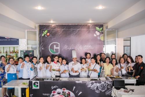 Thịt sạch thật thà chinh phục Hội Đầu Bếp Chuyên Nghiệp (xin bài edit_Ngocnk2) - 2