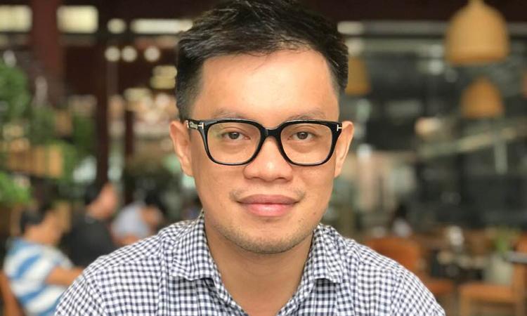 Đăng Khoa làm bếp trưởng tại một nhà hàng cao cấp ở Thảo Điền, quận 2, TP HCM 2 năm nay. Ảnh: Kim Anh.