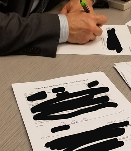 Người đàn ông trả giá vì ký tên bằng hình vẽ - ảnh 2