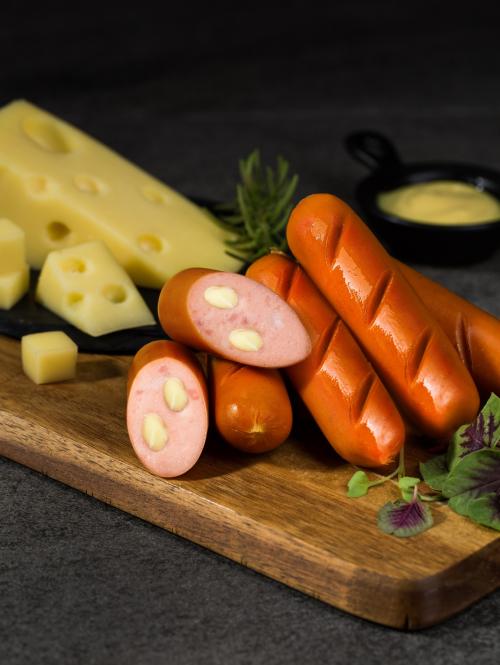 Món xúc xích phô mai phối hợp ăn ý với bánh mỳ ốp-la, nui xào, sandwich, hotdog hoặc khoai tây đút lò...