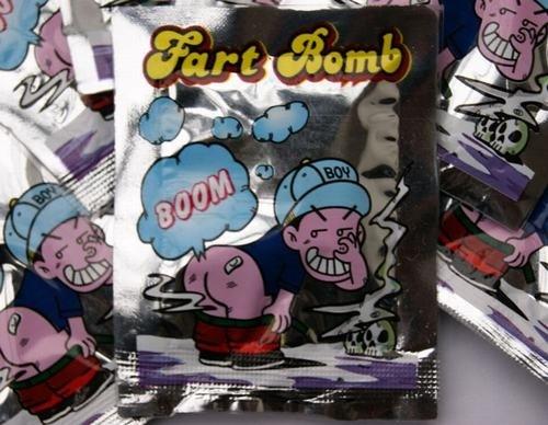 Bom thối có chứa khí hydro sulfua độc hại khiến nhiều trẻ ngộ độc. Ảnh: dayoo.com.