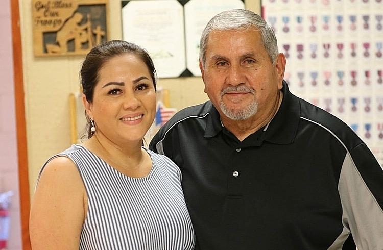 Kim Nguyễn và ôngSalvador Martinez, đoàn tụ với nhau. Ảnh:Currentargus.