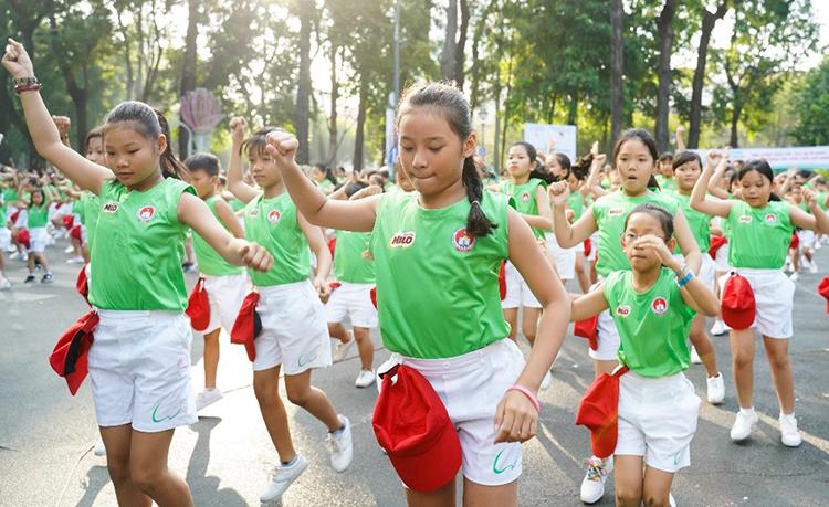 Trẻ 6-12 tuổi nên chơi thể thao 3 lần mỗi tuần - ảnh 3