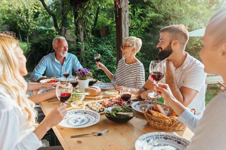 Cách người Ý tạo gắn kết trong gia đình