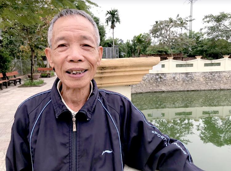 Ông Nguyễn Tứ Hùng là cựu chiến binh tham gia 2 cuộc kháng chiến chống Mỹ và biên giới phía Bắc. Năm 2018 ông được bầu là một trong 10 công dân thủ đô ưu tú. Ảnh: Hải Hiền.