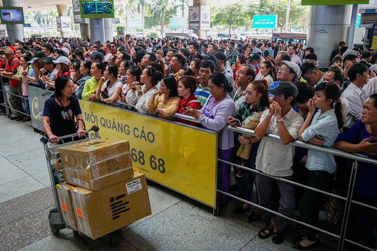 Người Việt xa xứ ngại về ăn Tết - ảnh 3