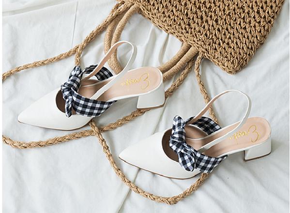 Giày nữ, giày sandal nữ đế bệt mũi nhọn phối nơ thời trang Erosska EL007 màu trắng