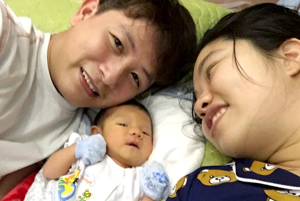 Cặp vợ chồng thoát khỏi Vũ Hán trước ngày sinh con - ảnh 3